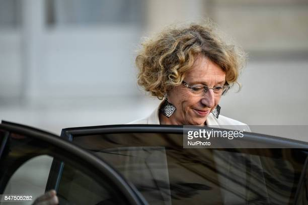 French Minister of Labour Muriel Penicaud leaves the Elysee presidential Palace after a cabinet meeting on September 14 2017 in Paris