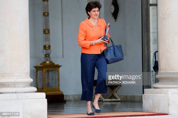 French Minister of the Armed Forces Sylvie Goulard leaves a cabinet meeting on May 31 2017 at the Elysee Palace in Paris / AFP PHOTO / Patrick KOVARIK