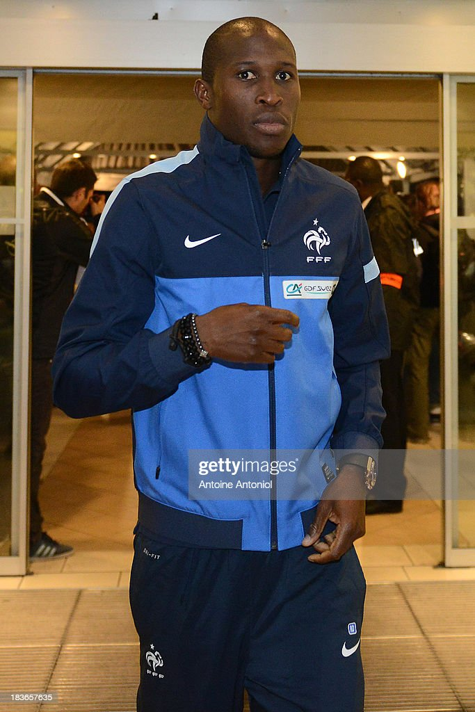 French national football team defender Rod Fanni arrives at a harnessed trot race on October 8 2013 in Paris France