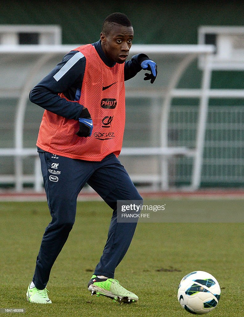 French national football team midfielder Blaise Matuidi controls the ball during a training session in Clairefontaine-en-Yvelines, near Paris, on March 20, 2013, two days ahead of a World Cup 2014 qualifying football match against Georgia to be held at the stade de France in Saint-Denis, north of Paris.