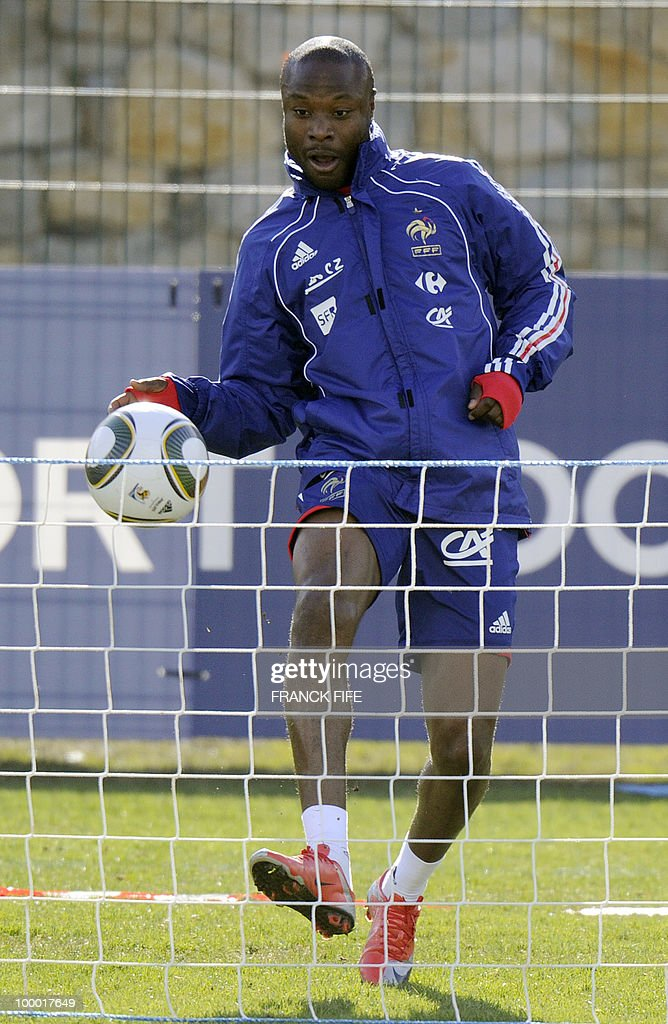 French national football team's defender William Gallas controls the ball during a training session, on May 20, 2010 in Tignes, French Alps, as part of the altitude training in preparation for the 2010 World cup in South Africa. France will play Uruguay in Capetown in its group A opener match on June 11.