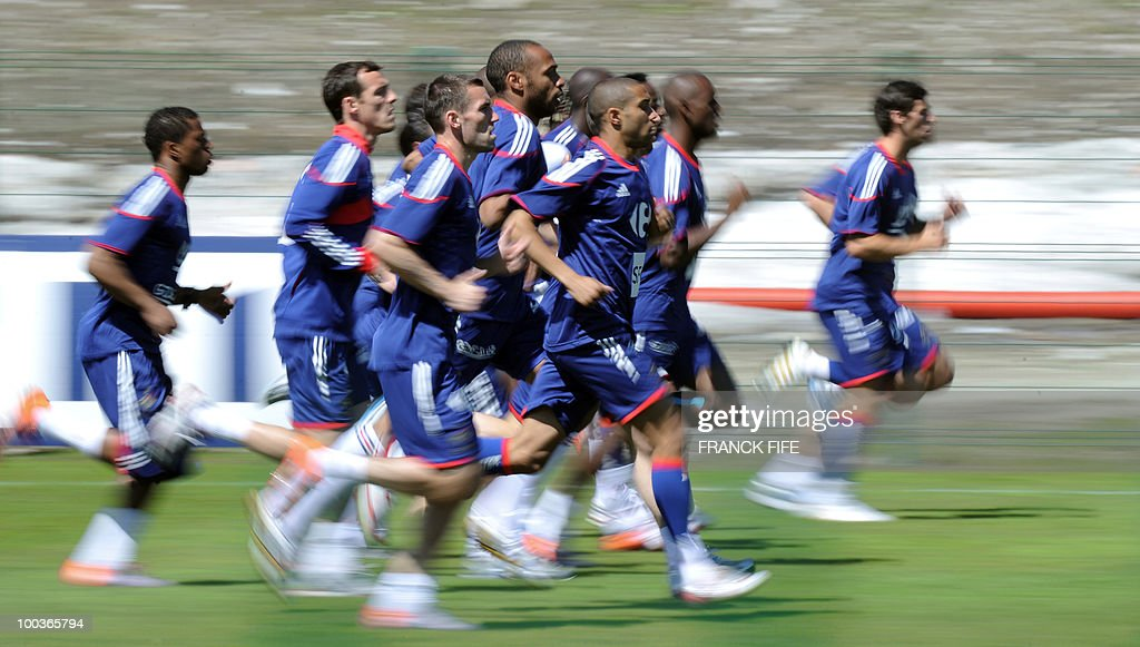 French national football team's players run during a training session, on May 24, 2010, near Tignes in the French Alps, as part of the preparation for the upcoming World Cup 2010. France will play against Uruguay in Capetown in its group A opener match on June 11.
