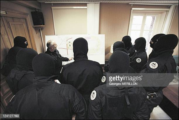French National SWAT team RAID for the security of the world cup In Saint Denis France On January 20 1998 Morning briefing for French national SWAT...