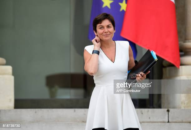 French Overseas Minister Annick Girardin leaves the Elysee palace in Paris on July 19 after the weekly cabinet meeting / AFP PHOTO / Martin BUREAU
