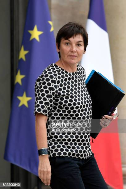 French Overseas Minister Annick Girardin leaves the Elysee Palace in Paris following a cabinet meeting on August 2 2017 / AFP PHOTO / STEPHANE DE...