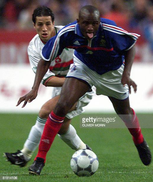 French Patrick Vieira runs upfield during the friendly soccer match France vs Algeria at the Stade de France in SaintDenis 06 October 2001 AFP PHOTO...