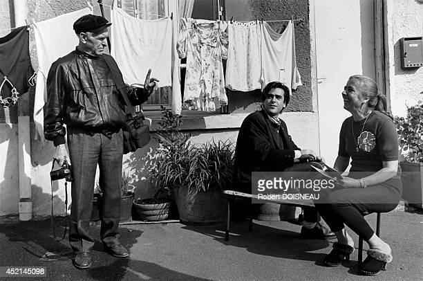 French photographer Robert Doisneau during the filming of Sylvain Roumette's documentary on him october 1989 Paris France