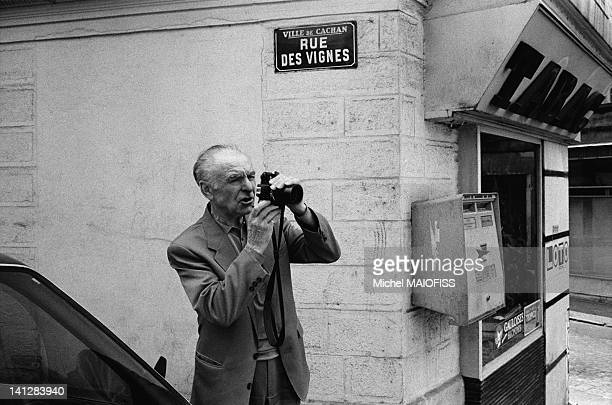 French photographer Robert Doisneau taking pictures in Cachan on June 18 1988 in Cachan France