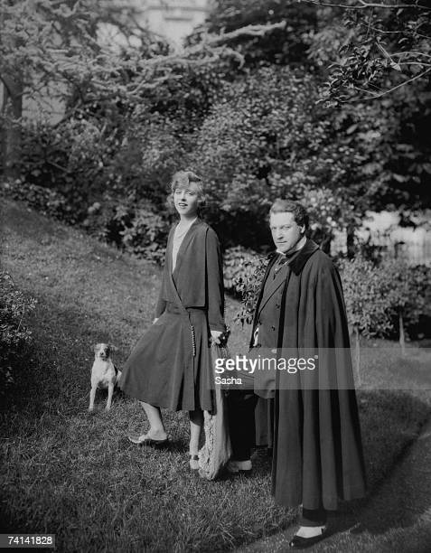 French playwright actor and director Sacha Guitry with his wife Yvonne Printemps circa 1925