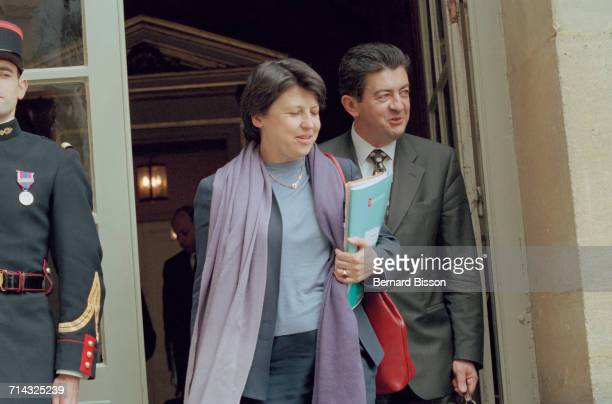 French politicians JeanLuc Mélenchon with Martine Aubry leave the Government Seminar at Hotel Matignon in Paris 25th April 2000 Mélenchon later...