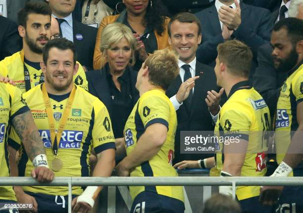 French President Emmanuel Macron and his wife Brigitte Macron during the Bouclier de Brennus trophy presentation following the Top 14 final match...