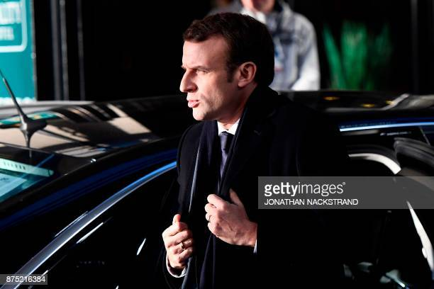 French President Emmanuel Macron arrives to attend the European Social Summit in Gothenburg Sweden on November 17 2017 / AFP PHOTO / Jonathan...