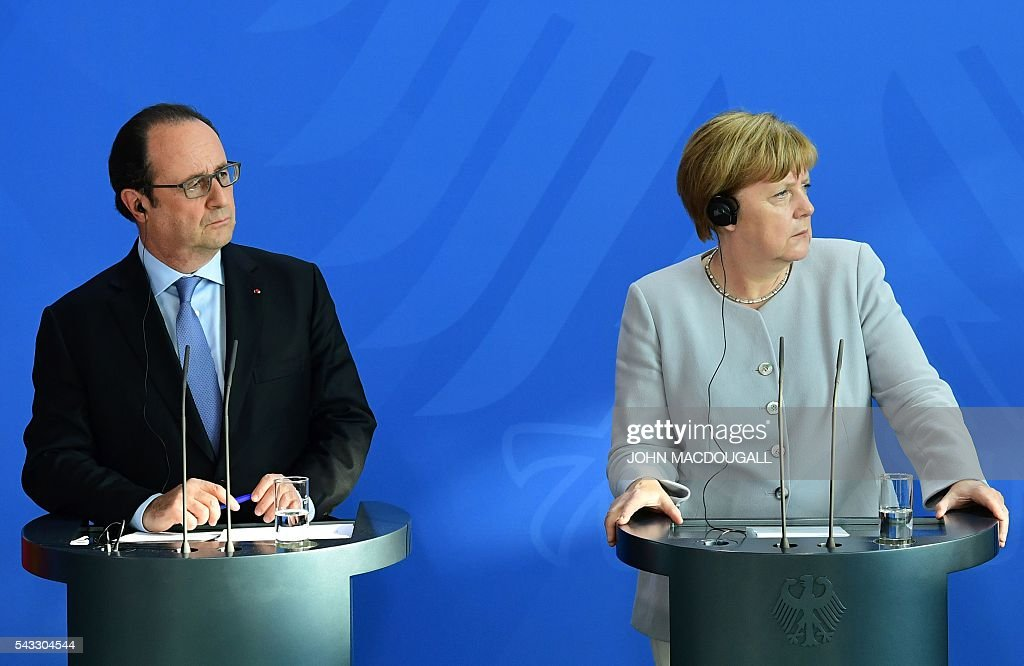 French President Francois Hollande and German Chancellor Angela Merkel address a press conference with Italy's Prime Minister ahead of talks following the Brexit referendum at the chancellery in Berlin, on June 27, 2016. Britain's shock decision to leave the EU forces German Chancellor Angela Merkel into the spotlight to save the bloc, but true to her reputation for prudence, she said she would act neither hastily nor nastily. / AFP / John MACDOUGALL / ALTERNATIVE