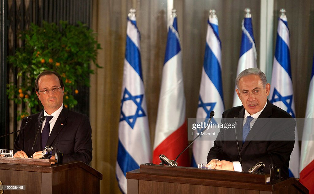 French President Francois Hollande (L) and Israeli Prime Minister <a gi-track='captionPersonalityLinkClicked' href=/galleries/search?phrase=Benjamin+Netanyahu&family=editorial&specificpeople=118594 ng-click='$event.stopPropagation()'>Benjamin Netanyahu</a> during joint press conference on November 17, 2013 in Jerusalem, Israel. President of France, Francois Hollande is on a three day official visit to Israel and the West Bank.