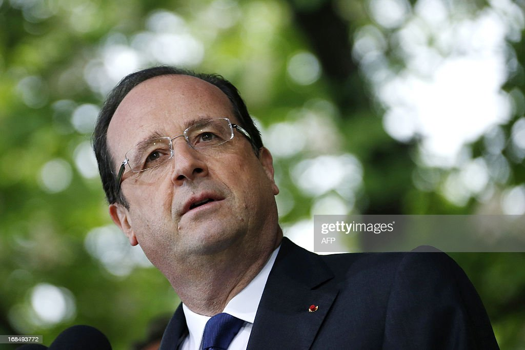 French President Francois Hollande attends a ceremony at the Luxembourg Gardens to mark the abolition of slavery and to pay tribute to the victims of the slave trade in Paris May 10, 2013.