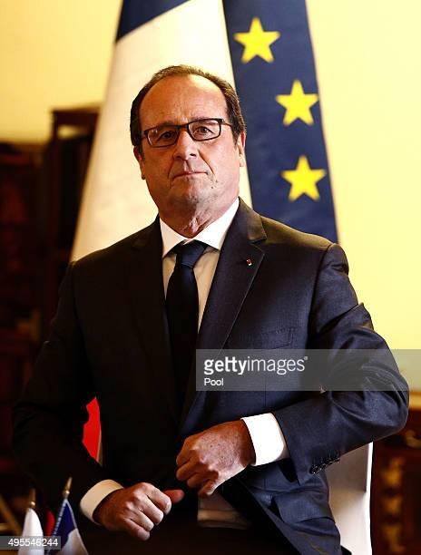 French President Francois Hollande attends the Green Growth Highlevel roundtable at the Ewha Womans' university on November 4 2015 in Seoul South...