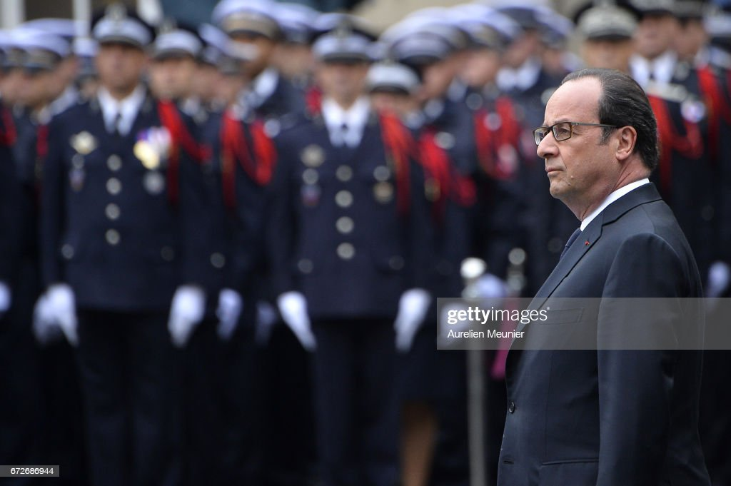 French President Francois Hollande attends the National tribute to fallen French Policeman Xavier Jugele on April 25, 2017 in Paris, France. French Police Officer Xavier Jugele, 37, was shot dead by a gunman on Thursday April 20, 2017 on Paris's Champs Elysees, a few days' prior to the French Presidential elections.
