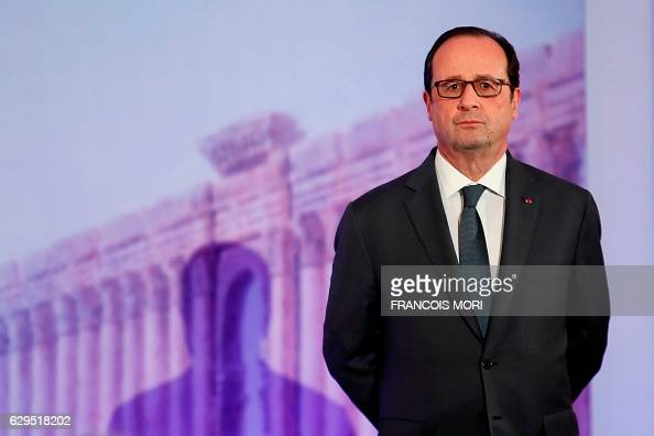 TOPSHOT French President Francois Hollande attends the opening of the Palmyra Exhibit a threedimensional projection featuring neverbeforeseen images...