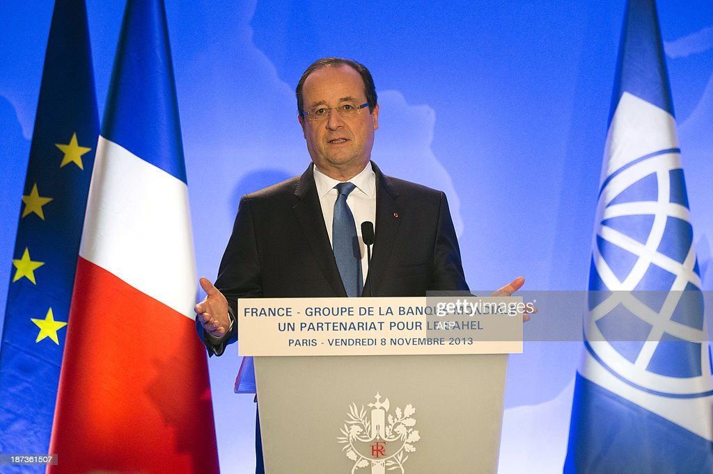 French President Francois Hollande gives a press conference with the World Bank president on November 8, 2013 at the World Bank Paris office in Paris. The European Union and the World Bank on November 4 pledged more than 8 billion US dollars in fresh aid for Sahel region countries, torn by conflict and among the poorest in all Africa. The EU will put up 6.75 billion US dollars (5 billion euros) and the World Bank 1.5 billion US dollars to help the long-suffering region. EULER
