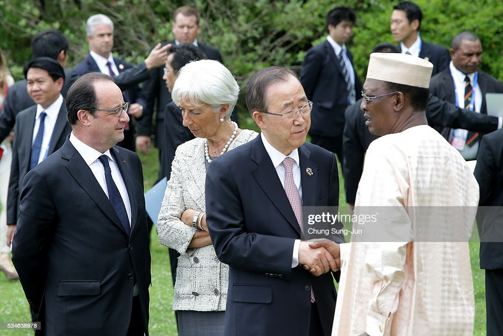 French President Francois Hollande, International Monetary Fund Managing Director <a gi-track='captionPersonalityLinkClicked' href=/galleries/search?phrase=Christine+Lagarde&family=editorial&specificpeople=566337 ng-click='$event.stopPropagation()'>Christine Lagarde</a>, United Nations Secretary-General Ban Ki-Moon and Chad President <a gi-track='captionPersonalityLinkClicked' href=/galleries/search?phrase=Idriss+Deby&family=editorial&specificpeople=4605749 ng-click='$event.stopPropagation()'>Idriss Deby</a> Itno attend the 'Outreach Family Photo Session' on May 27, 2016 in Kashikojima, Japan. In the two-day summit, the G7 leaders are scheduled to discuss the pressing global issues including counter-terrorism, energy policy, and sustainable development.