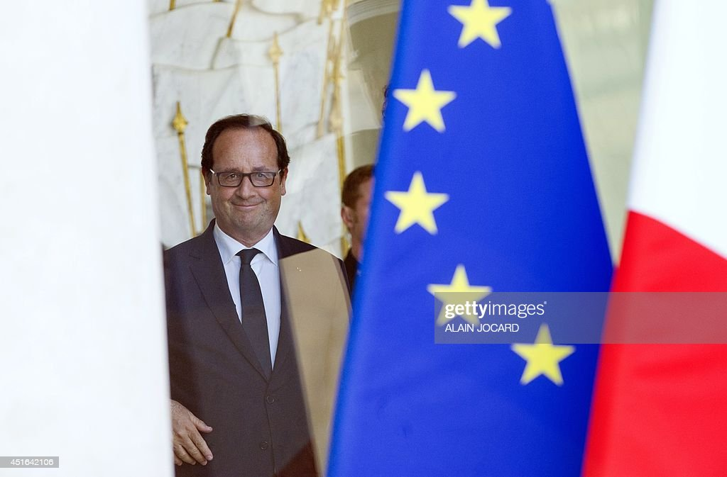 French president Francois Hollande, is pictured at the Elysee palace on July 3, 2014, in Paris-AFP PHOTO/ ALAIN JOCARD