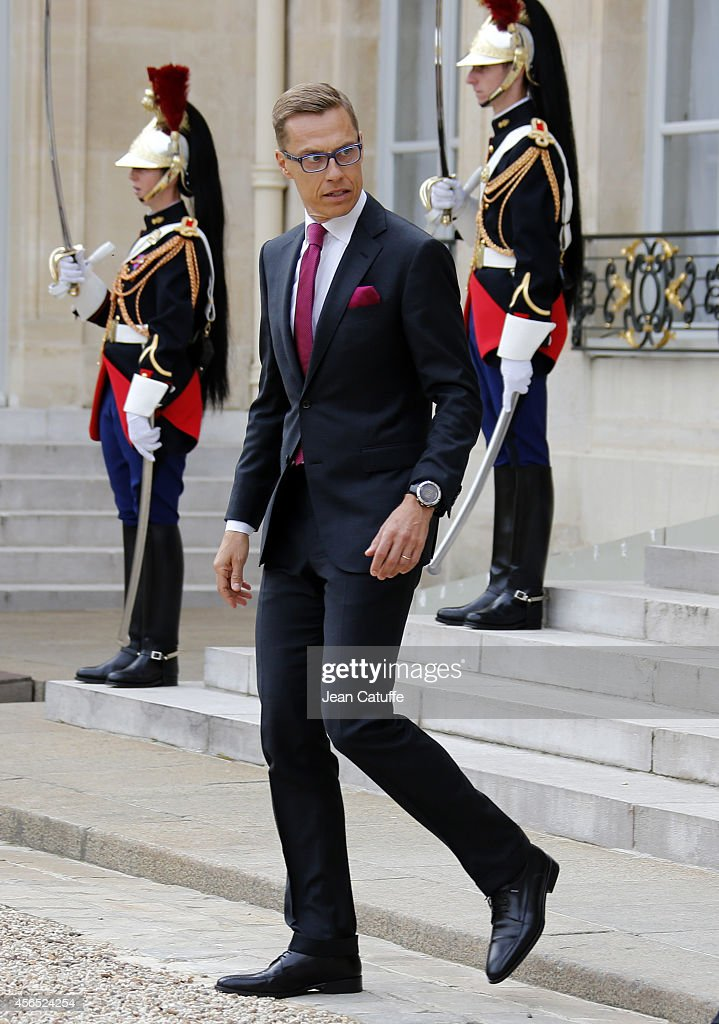 French President Francois Hollande meets <a gi-track='captionPersonalityLinkClicked' href=/galleries/search?phrase=Alexander+Stubb&family=editorial&specificpeople=2157393 ng-click='$event.stopPropagation()'>Alexander Stubb</a>, Prime Minister of Finland at the Elysee Palace on October 2, 2014 in Paris, France.