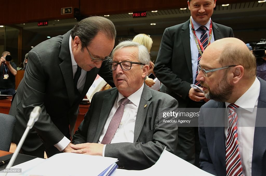 French president Francois Hollande (L), President of the European Commission, Jean-Claude Juncker (C), President of the European Parliament, Martin Schulz (R) attend EU Leaders Summit at the European Union headquarters in Brussels, Belgium on June 28, 2016.