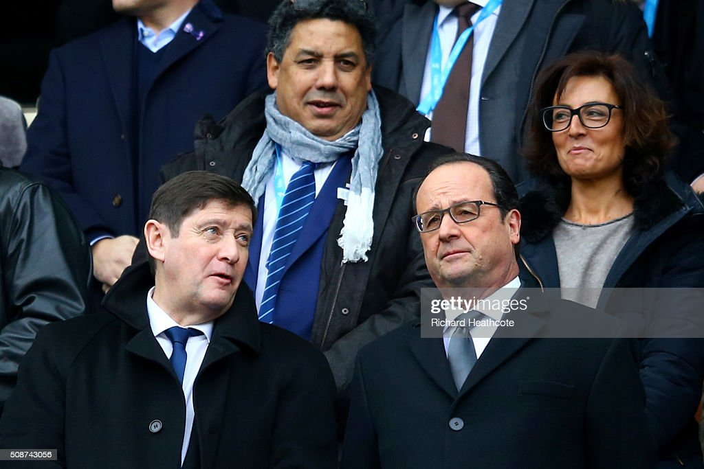 French President Francois Hollande speaks with French Minister for Cities, Youth and Sport, <a gi-track='captionPersonalityLinkClicked' href=/galleries/search?phrase=Patrick+Kanner&family=editorial&specificpeople=7612419 ng-click='$event.stopPropagation()'>Patrick Kanner</a> before the RBS Six Nations match between France and Italy at Stade de France on February 6, 2016 in Paris, France.
