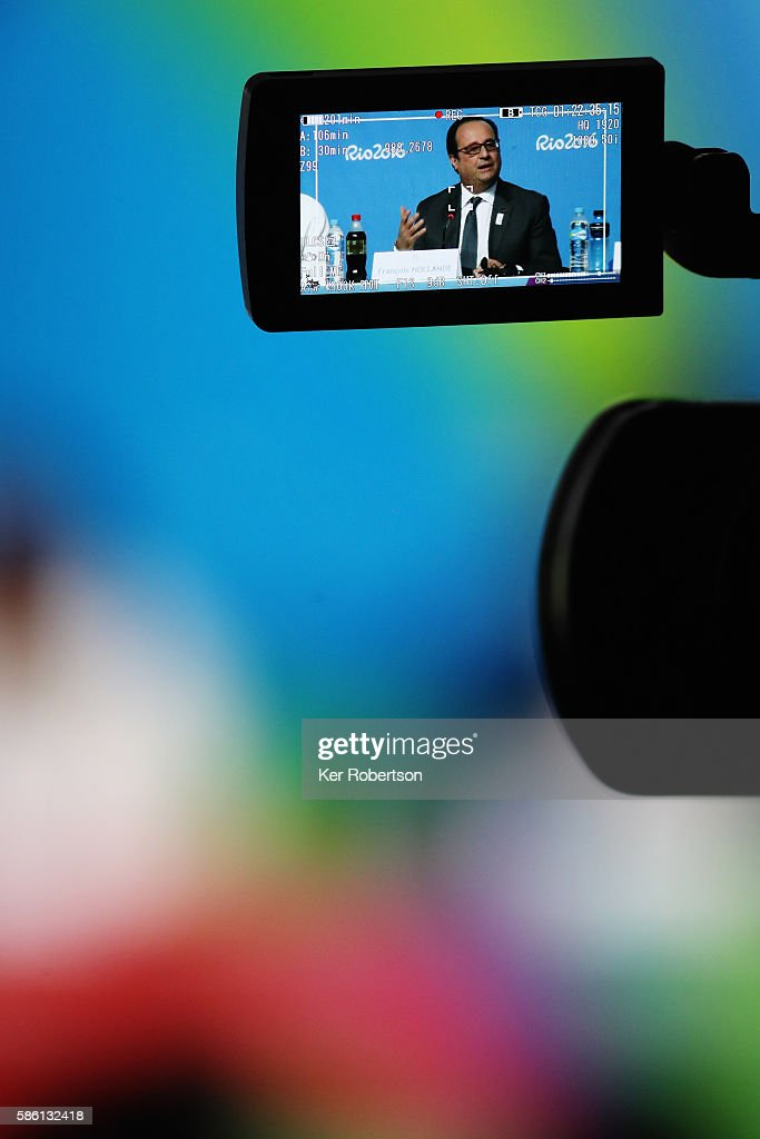 French President Francois Hollande talks while attending a press conference given by the Paris 2024 Candidate Olympic City delegation on August 5...