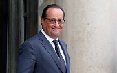 French President Francois Hollande waits prior a meeting with King Hamad Bin Isa Al Khalifa of Bahrain at the Elysee Palace on September 08 2015 in...