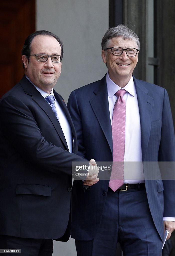 French President Francois Hollande welcomes <a gi-track='captionPersonalityLinkClicked' href=/galleries/search?phrase=Bill+Gates&family=editorial&specificpeople=202049 ng-click='$event.stopPropagation()'>Bill Gates</a>, the co-Founder of the Microsoft company and co-Founder of the Bill and Melinda Gates Foundation prior to a meeting at the Elysee Presidential Palace on June 27, 2016 in Paris, France. <a gi-track='captionPersonalityLinkClicked' href=/galleries/search?phrase=Bill+Gates&family=editorial&specificpeople=202049 ng-click='$event.stopPropagation()'>Bill Gates</a> mentioned in a short allocution after his meeting with French President Francois Hollande that France was a great asset in the fight against AIDS. <a gi-track='captionPersonalityLinkClicked' href=/galleries/search?phrase=Bill+Gates&family=editorial&specificpeople=202049 ng-click='$event.stopPropagation()'>Bill Gates</a> mentioned in a short statement after his meeting with French President Francois Hollande that France was a great asset in the fight against AIDS.