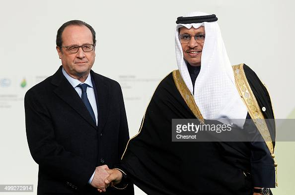 French President Francois Hollande welcomes Kuwaiti Prime Minister Sheikh Jaber alMubarak alSabah as he arrives for the COP21 United Nations Climate...