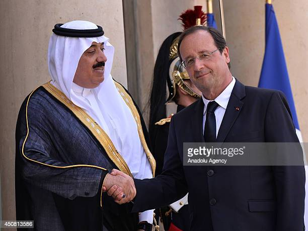 French President Francois Hollande welcomes Saudi Arabian Prince Meteb bin Abdullah bin Abdulaziz Minister of the National Guard prior to their...