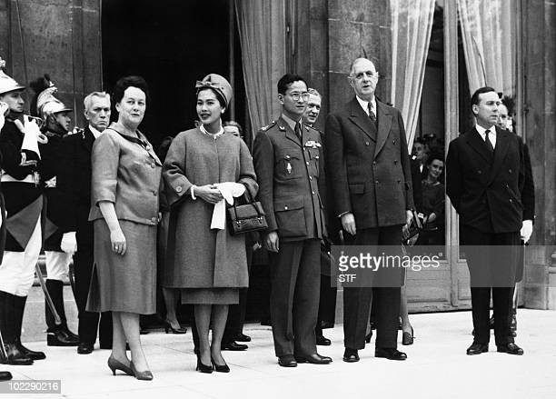 French President General de Gaulle and his wife Yvonne de Gaulle king Bhumibol Adulyadej of Thailand and his wife queen Sirikit and French Prime...