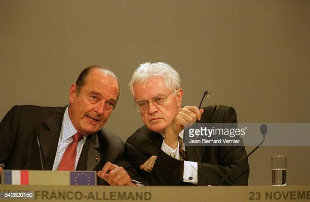 French president Jacques Chirac and Prime Minister Lionel Jospin attend the 2001 FrancoGerman Summit in Nantes France Germany and France hold the...