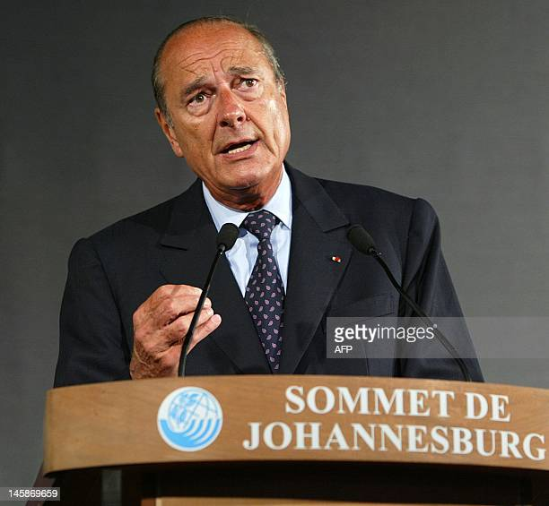 French President Jacques Chirac delivers 02 September 2002 a speech at the French pavilon at the Ubuntu village in Johannesburg Leaders from around...