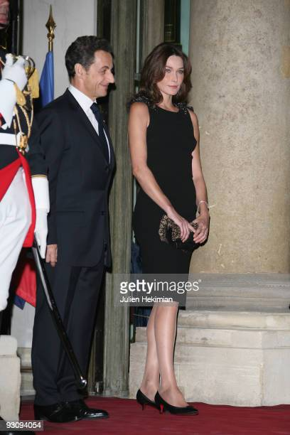 French president Nicolas Sarkozy and his wife Carla BruniSarkozy attend the dinner honoring Iraq President Jalil Talabani at Elysee Palace on...