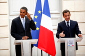 French president Nicolas Sarkozy and presumptive US Democratic presidential candidate Sen Barack Obama speak at a joint press conference at Elysee...
