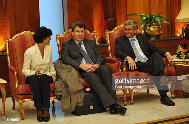 French President Nicolas Sarkozy arrives at Doha Airport Qatar On January 14 2008Nicolas Sarkozy and HRH Sheikh Hamad Bin Khalifa AlThani The Emir of...