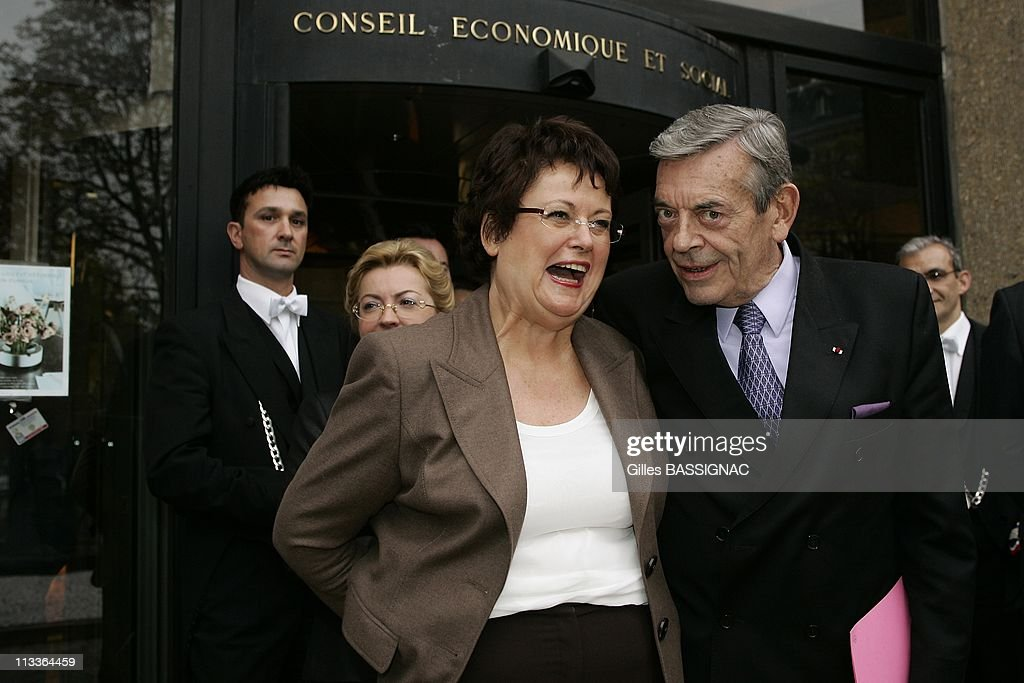 French President <a gi-track='captionPersonalityLinkClicked' href=/galleries/search?phrase=Nicolas+Sarkozy&family=editorial&specificpeople=211375 ng-click='$event.stopPropagation()'>Nicolas Sarkozy</a> Gives A Speech In Front Of The French Economic And Social Council, Marking World Poverty Day In Paris, France On October 17, 2007 President of the Council, Jacques Dermagne and Minister for Housing and Towns <a gi-track='captionPersonalityLinkClicked' href=/galleries/search?phrase=Christine+Boutin&family=editorial&specificpeople=4055950 ng-click='$event.stopPropagation()'>Christine Boutin</a>.