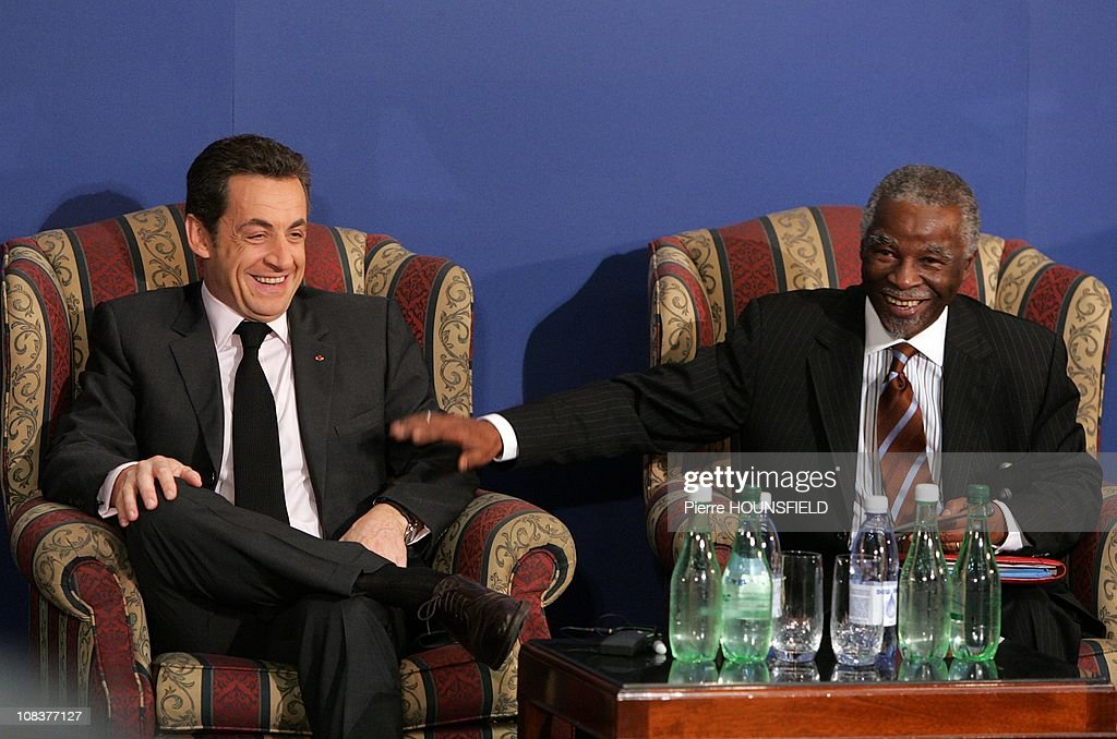 French President <a gi-track='captionPersonalityLinkClicked' href=/galleries/search?phrase=Nicolas+Sarkozy&family=editorial&specificpeople=211375 ng-click='$event.stopPropagation()'>Nicolas Sarkozy</a>, on a two-day official visit in South Africa (left), and South African President <a gi-track='captionPersonalityLinkClicked' href=/galleries/search?phrase=Thabo+Mbeki&family=editorial&specificpeople=160910 ng-click='$event.stopPropagation()'>Thabo Mbeki</a> (right) share a laugh during a business summit of French and South African businessmen in Cape Town, South Africa on February 29, 2008.