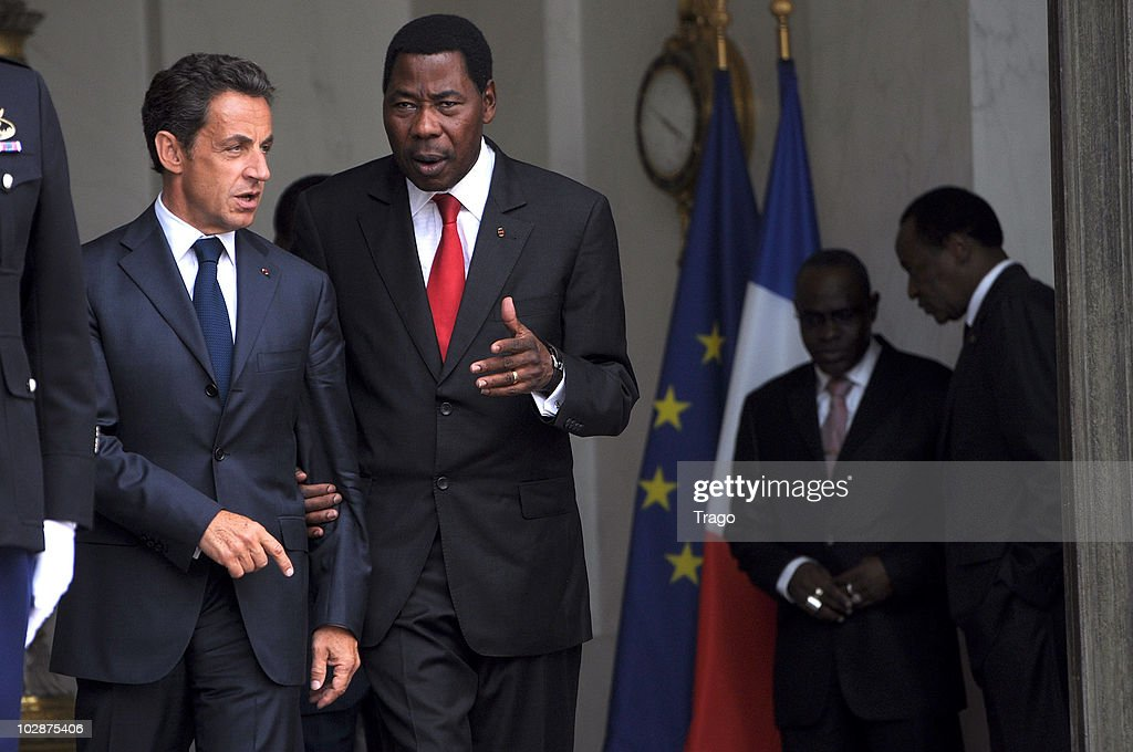 French President Nicolas Sarkozy (L) walks with President of Benin <a gi-track='captionPersonalityLinkClicked' href=/galleries/search?phrase=Yayi+Boni&family=editorial&specificpeople=3974519 ng-click='$event.stopPropagation()'>Yayi Boni</a> after a lunch with 13 African presidents at the Elysee Palace on July 13, 2010 in Paris, France. Fifty years after their independence, 13 African countries are invited to parade with French troops for the French national celebration, Bastille Day, which will take place on July 14, 2010 on the Champs Elysees in Paris.