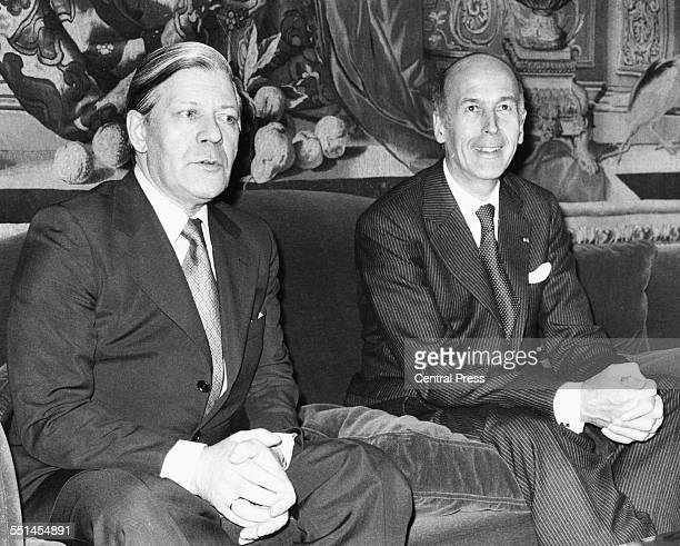 French President Valery Giscard d'Estaing sitting with German Chancellor Helmut Schmidt at the French Ambassadors residence in London May 9th 1977
