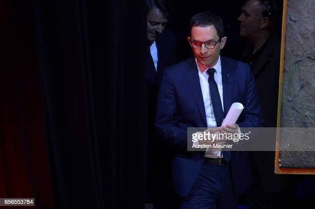 French Presidential Candidate Benoit Hamon arrives for a conference at Maison de la Radio on March 22 2017 in Paris France The Presidential Election...