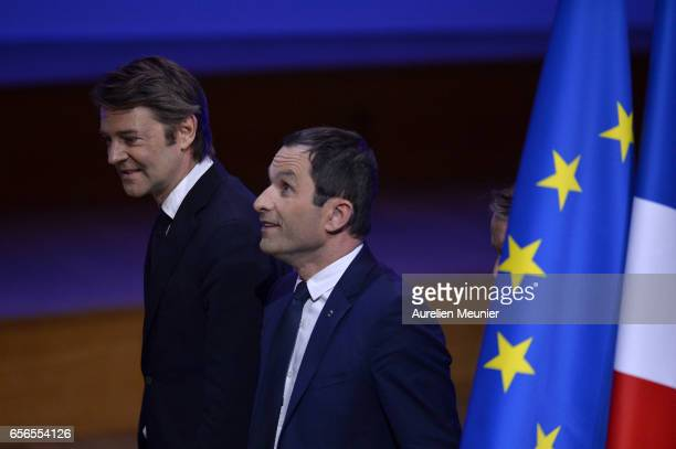 French Presidential Candidate Benoit Hamon leaves after a conference at Maison de la Radio on March 22 2017 in Paris France The Presidential Election...