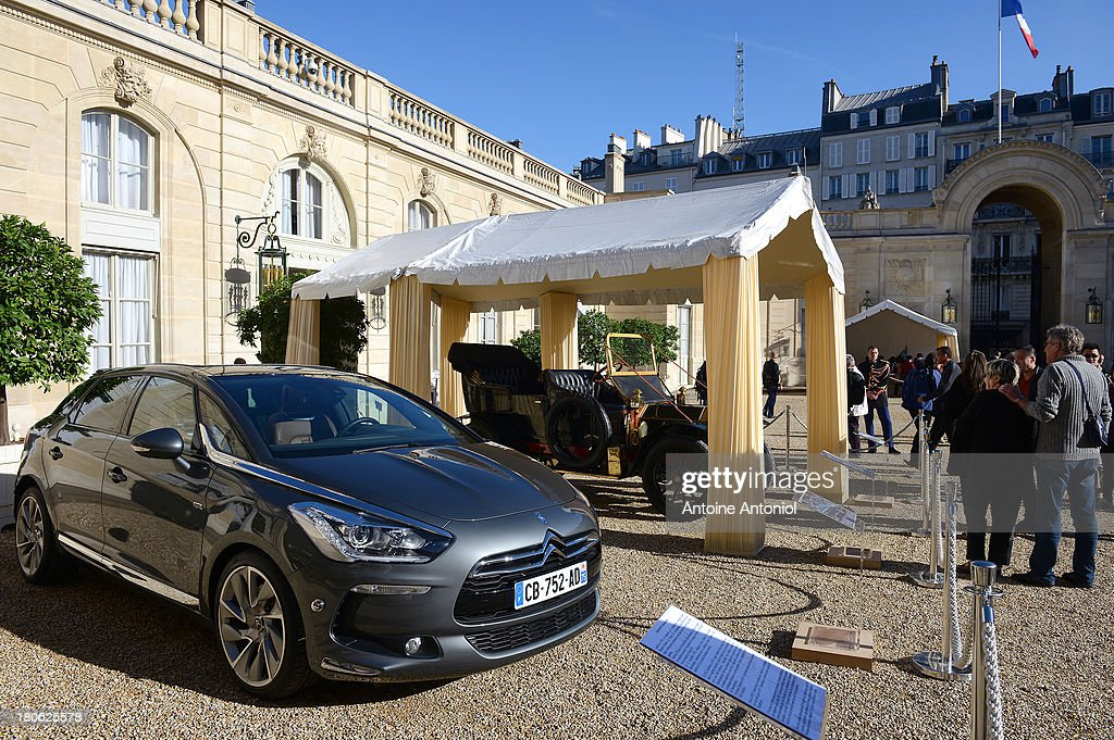 French Presidential car sits on display at the Elysee Presidential Palace during the 30th edition of France's European heritage days on September 15, 2013 in Paris, France. Monuments and state buildings are opened for free for two days to the public.