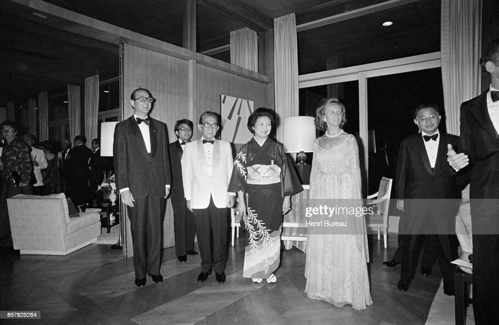 French Prime Minister Jacques Chirac and his wife Bernadette receiving in Tokyo's french embassy the Japanese Prime minister Takeo Miki and his wife, 1st August 1976