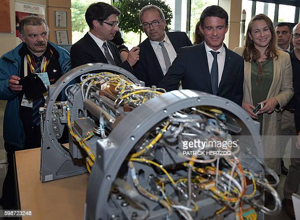 French Prime Minister Manuel Valls and French Junior Minister for Digital Economy Axelle Lemaire visit the Space University in IllkirchGraffenstaden...