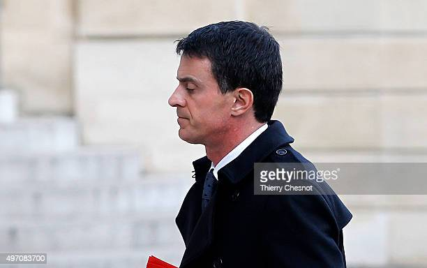French Prime minister Manuel Valls arrives at the Elysee Palace in Paris for a security meeting on November 14 2015 in Paris France This meeting...