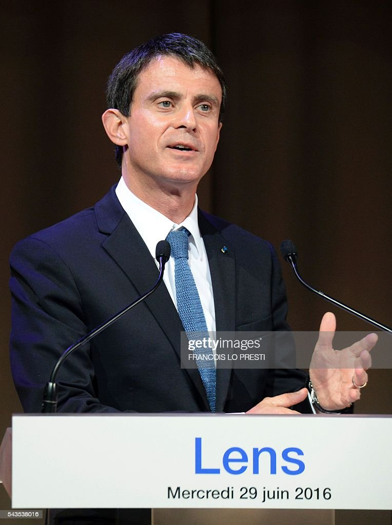 French Prime Minister Manuel Valls delivers a speech at the Louvre-Lens museum in Lens, on June 29, 2016, as part of a visit dedicated to the rehabilitation of Lens-Lievin mining area and the surroundings, including the renovation of housing. French urban planner Jean-Louis Subileau is in charge of the project and is expected to report next fall. / AFP / FRANCOIS